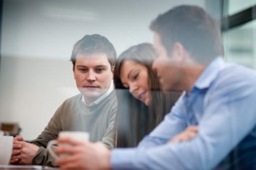 Коммуникации с бывшими сотрудниками