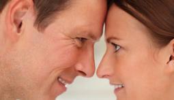 Сильнее страсти: Что удерживает мужчину и женщину вместе десятилетия?