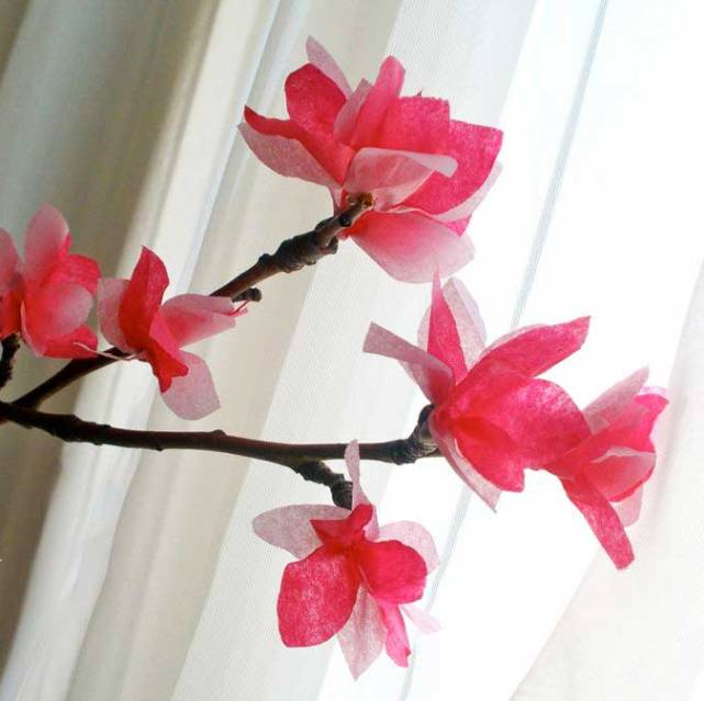 Цветы сакура из бумаги своими руками